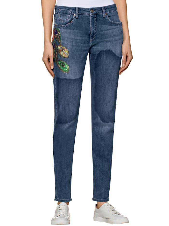 """Girlfriend-Jeans """"Exotic"""" mit bunter Stickerei"""