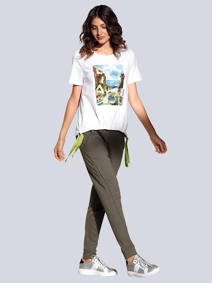 T-Shirt mit Druck im Vorderteil und Strasssteinchen