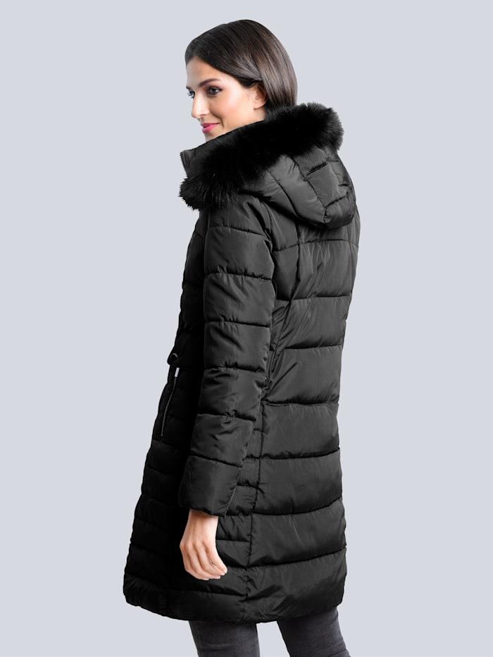 Kabát se vsadkou z umělé kožešiny