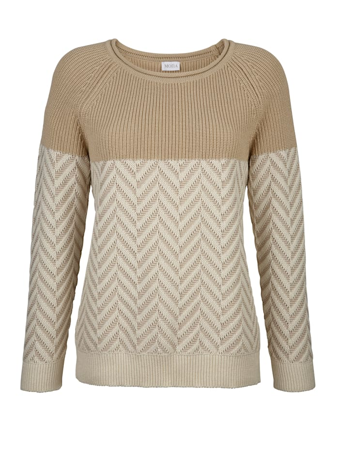 Jumper with a chevron knit