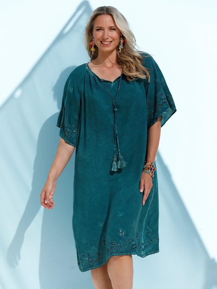 Kleid in angesagtem Oil-Washed-Effekt