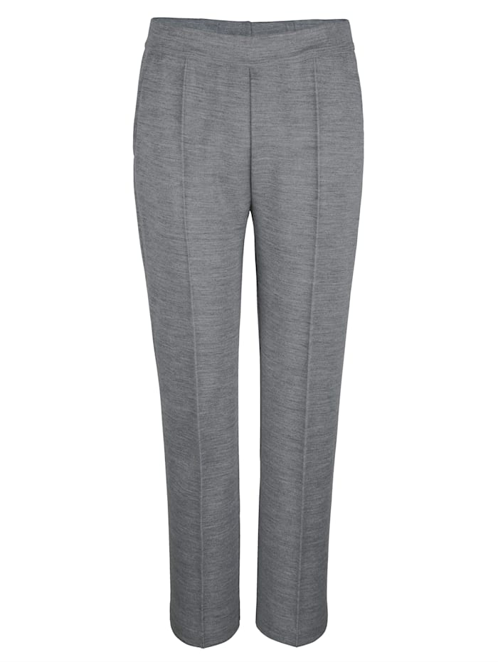 Leisure trousers with piping
