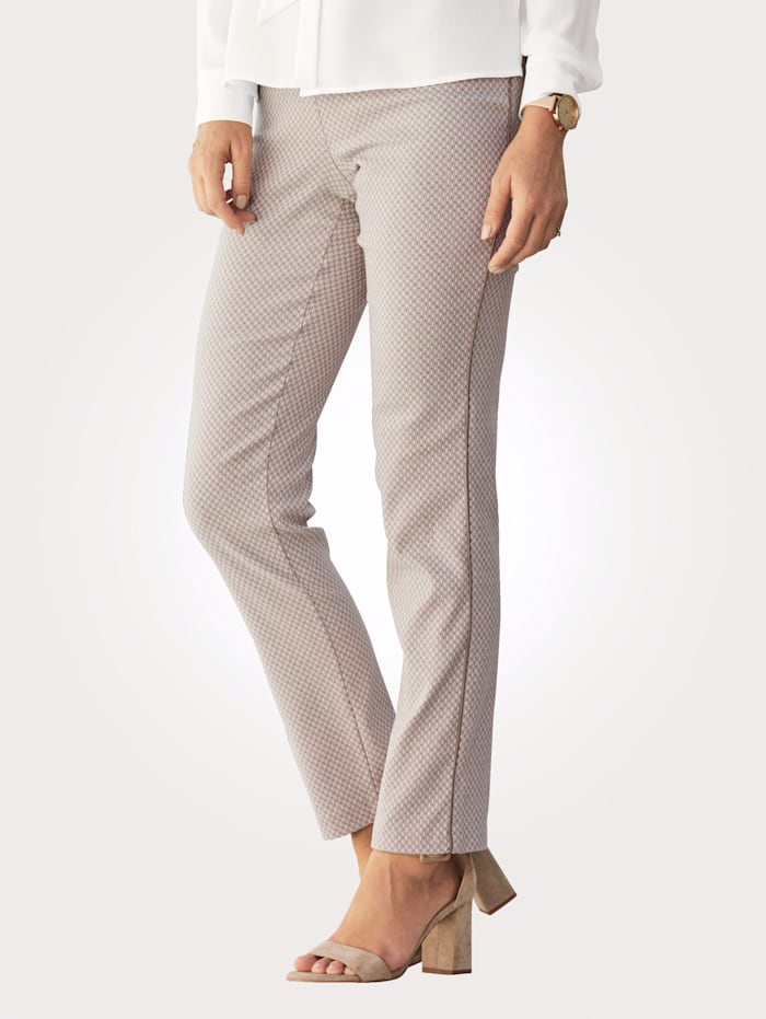 Pull-on trousers with piped side stripes