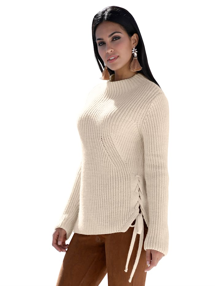 Pullover mit dekorativem Zierband