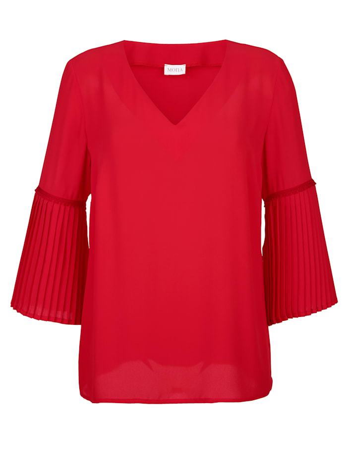 Blouse with pleated flounce sleeves