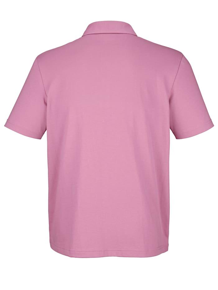 Poloshirt in sommerlicher Farbe