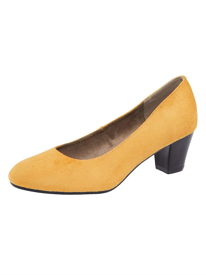 Liva Loop Court shoes in a classic design, Mustard