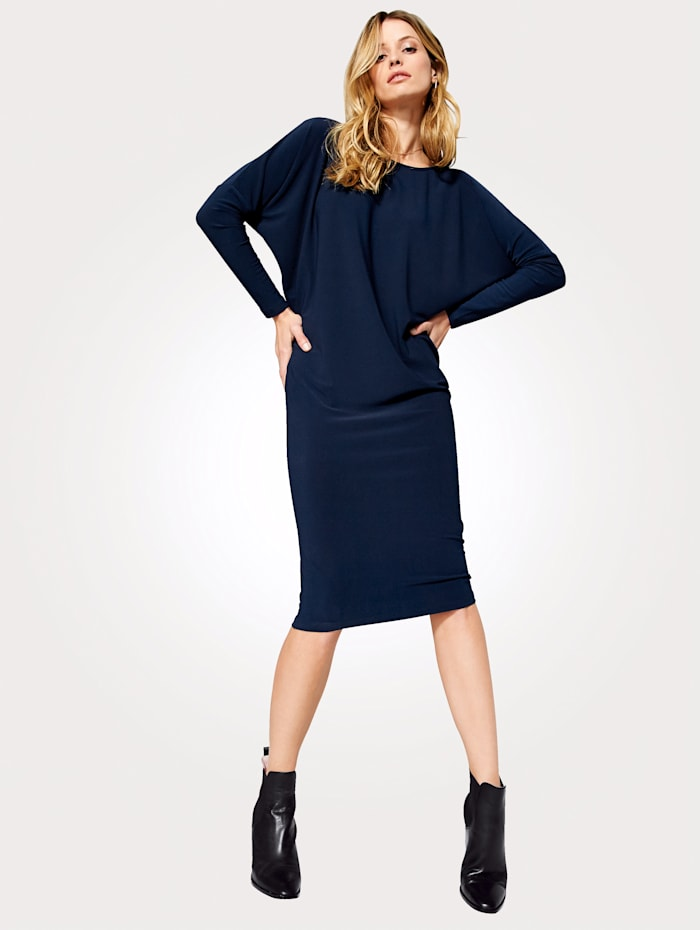 Jersey dress made from fashionable relaxed crepe jersey