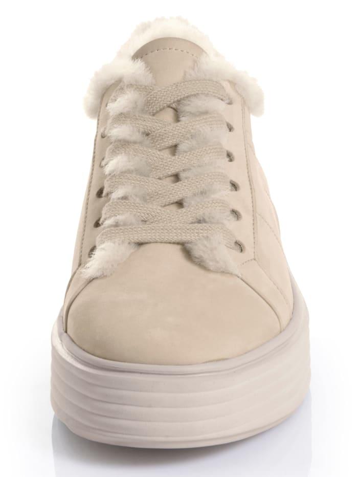 Sneaker aus hochwertigem Leder