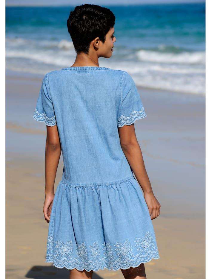 Strandkleid mit Stickerei