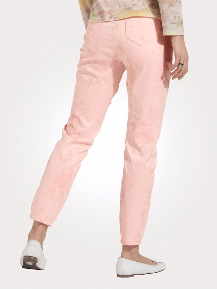 Trousers made from premium jacquard