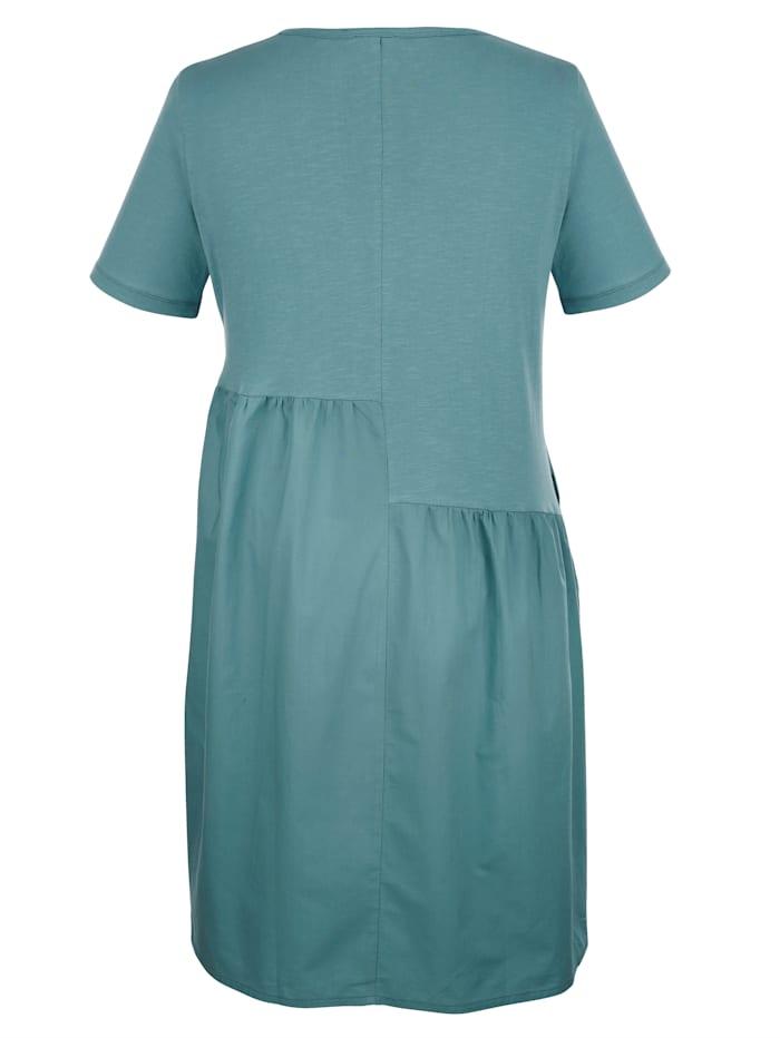 Šaty s tkanou vsadkou