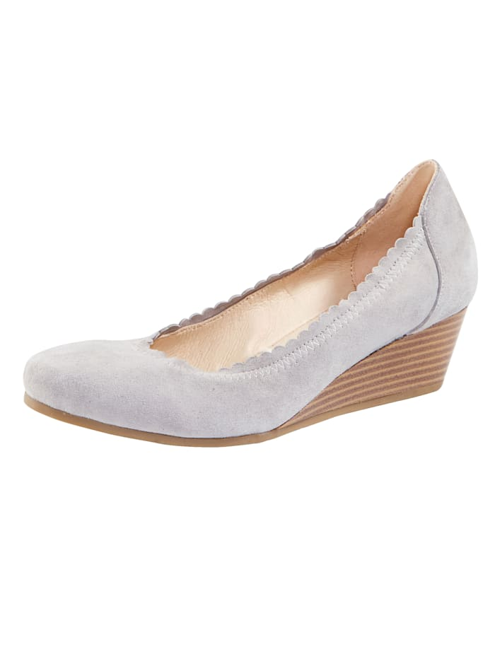 MONA Wedges with scallop trim, Grey