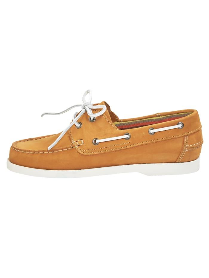 Šnurovacia obuv v námorníckom vzhľade
