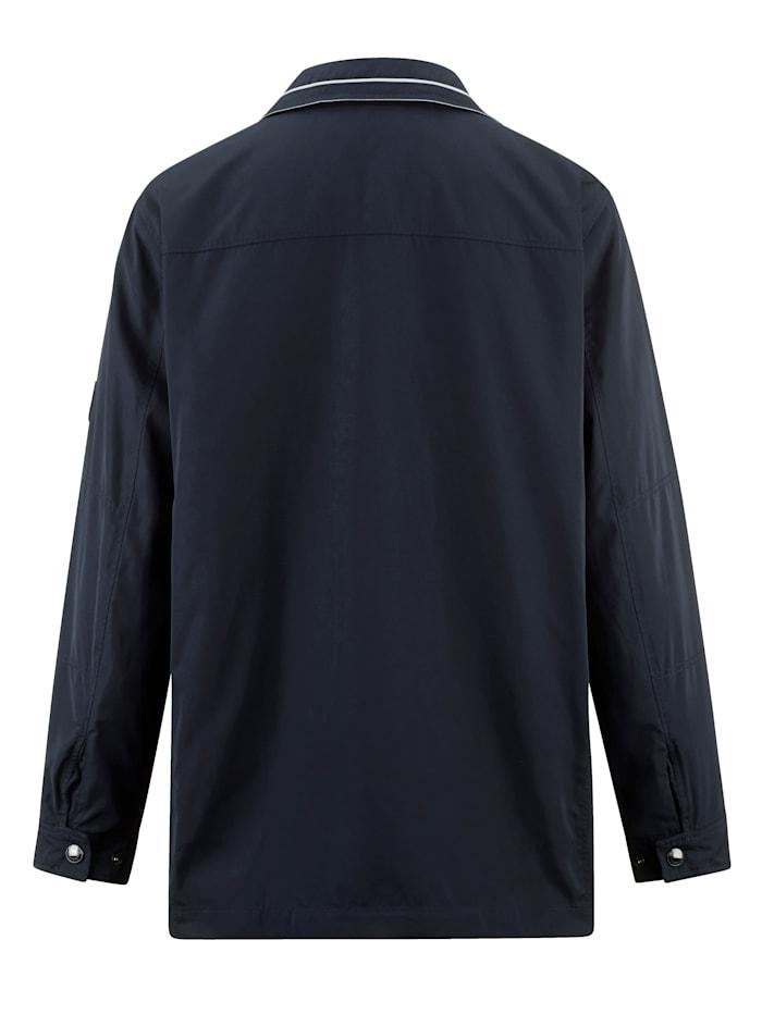 Veste longue avec nombreuses poches pratiques