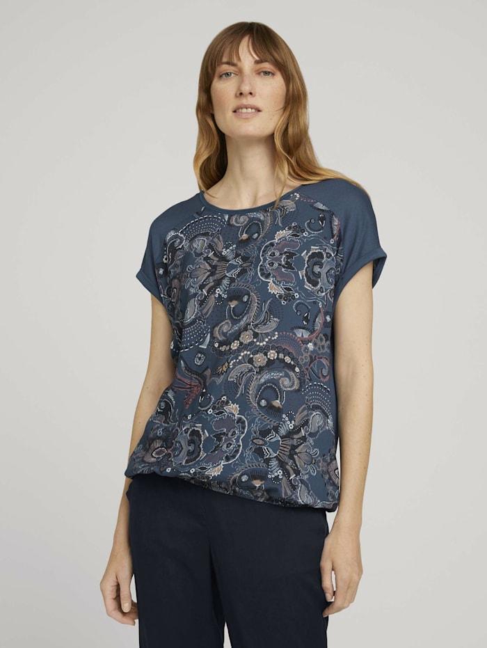Gemustertes T-Shirt im Materialmix