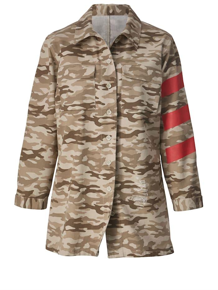 Maastokuvioitu takki
