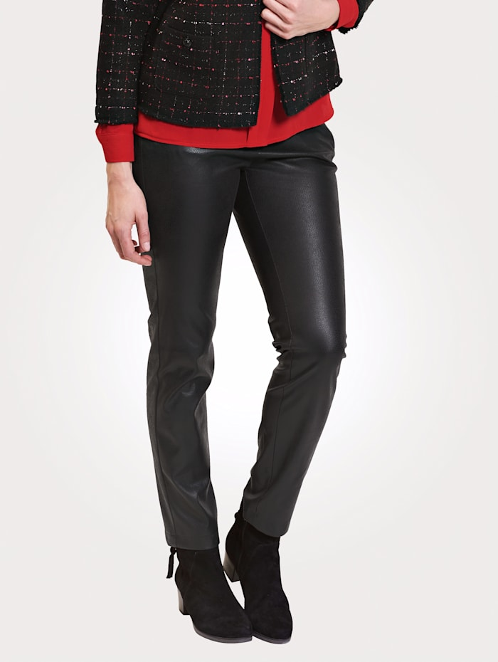 Relaxed by Toni Trousers made from embossed faux leather, Black