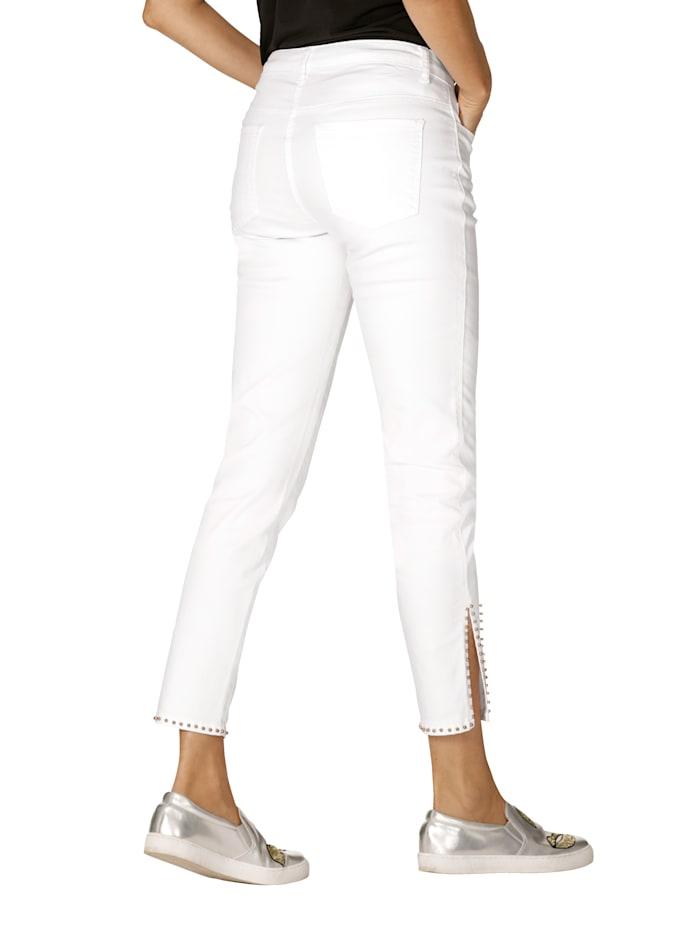 Jeans mit Perlendekoration am Saum
