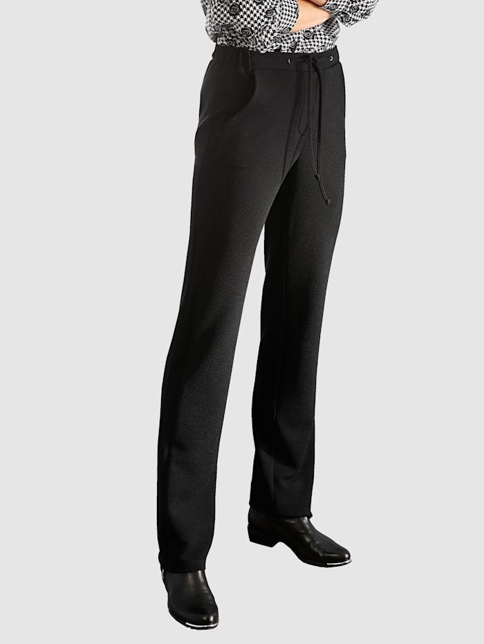 Kohokuvioidut housut