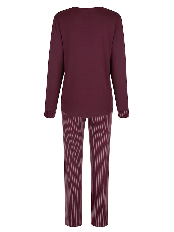 Pyjama avec haut à bel imprimé placé
