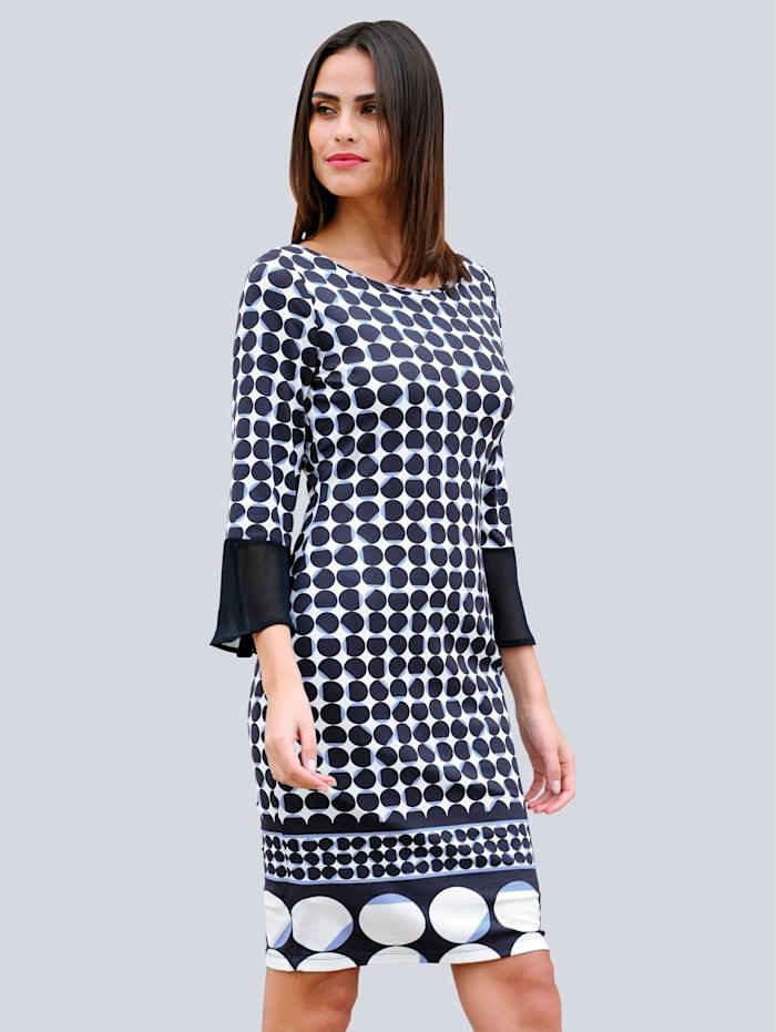 Kleid im neu designtem Punktedruck allover