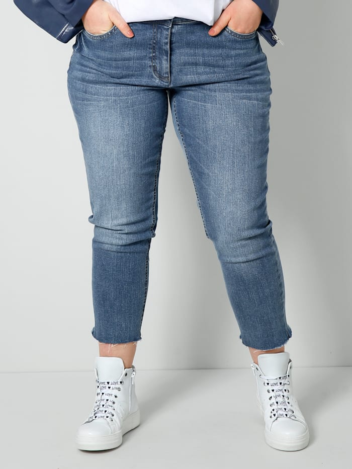 Sara Lindholm Jeans i moteriktig vask, Blue stone