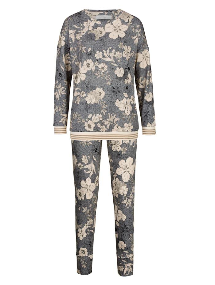 Schlafanzug mit modischen Bündchenabschlüssen