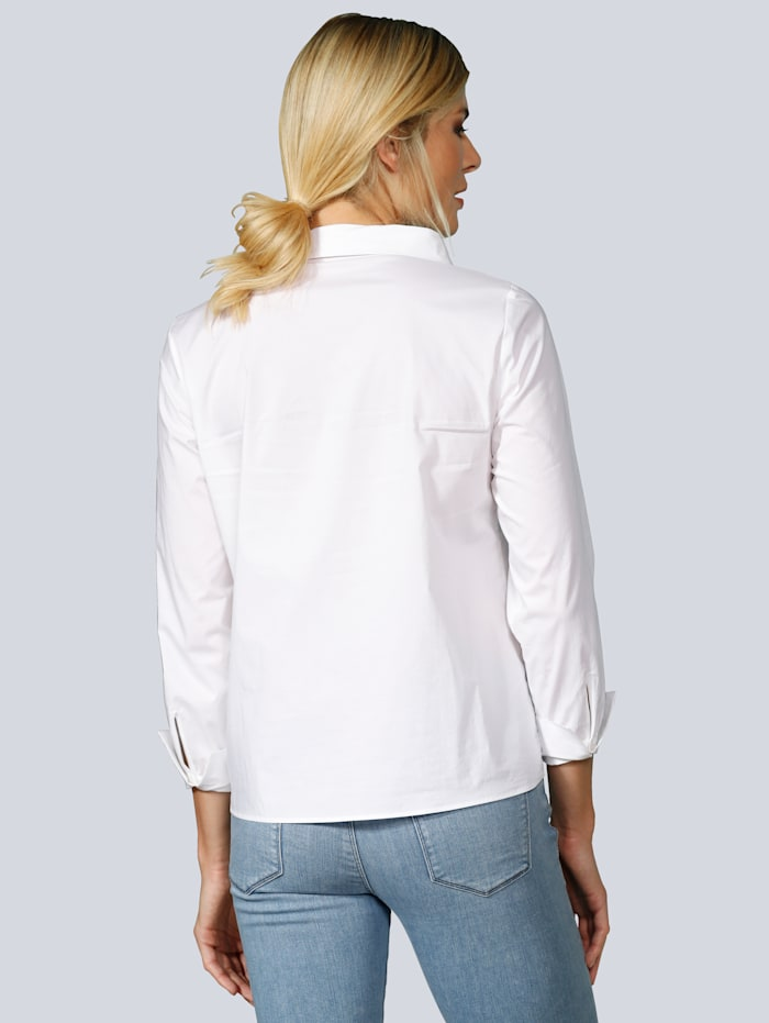 Bluse mit kleinem Stehkragen
