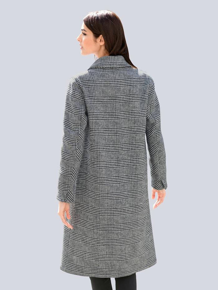 Mantel in schönem Karodessin allover