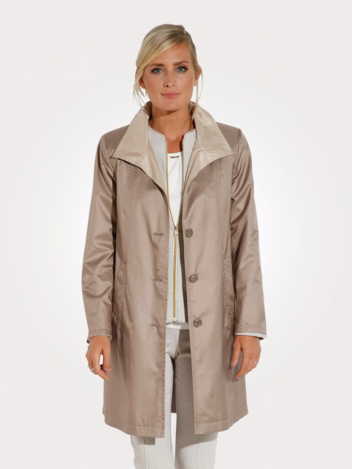 MONA Short coat made from soft microfibres, Sand