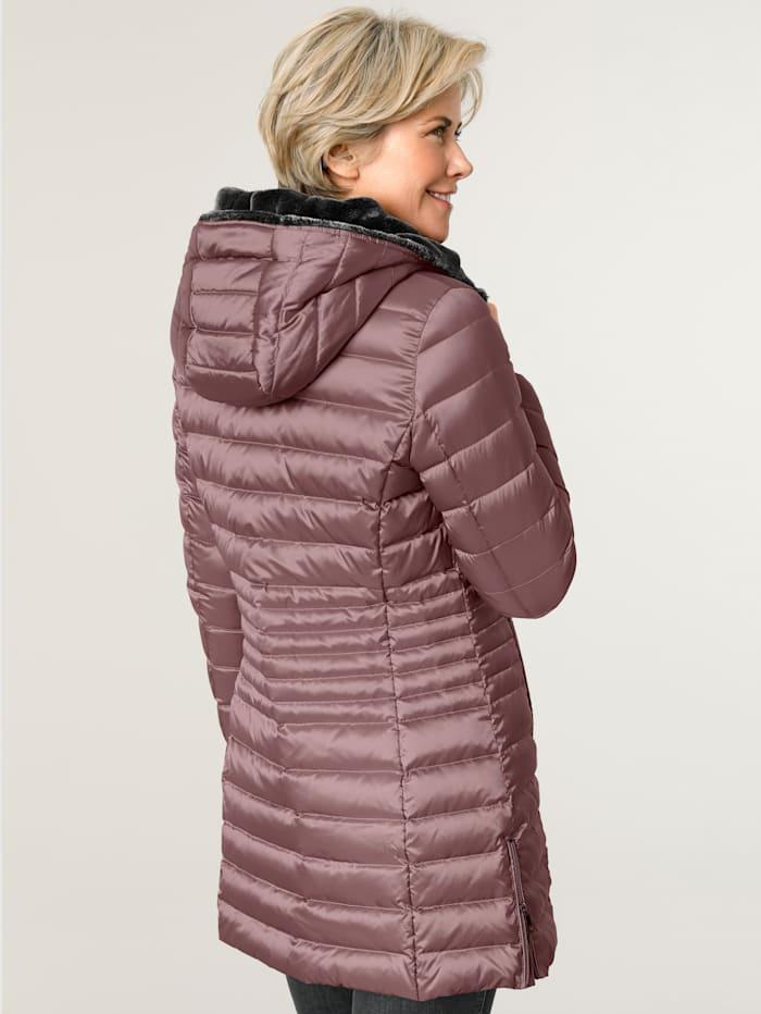 Páperová bunda s kožušinkou na kapucni