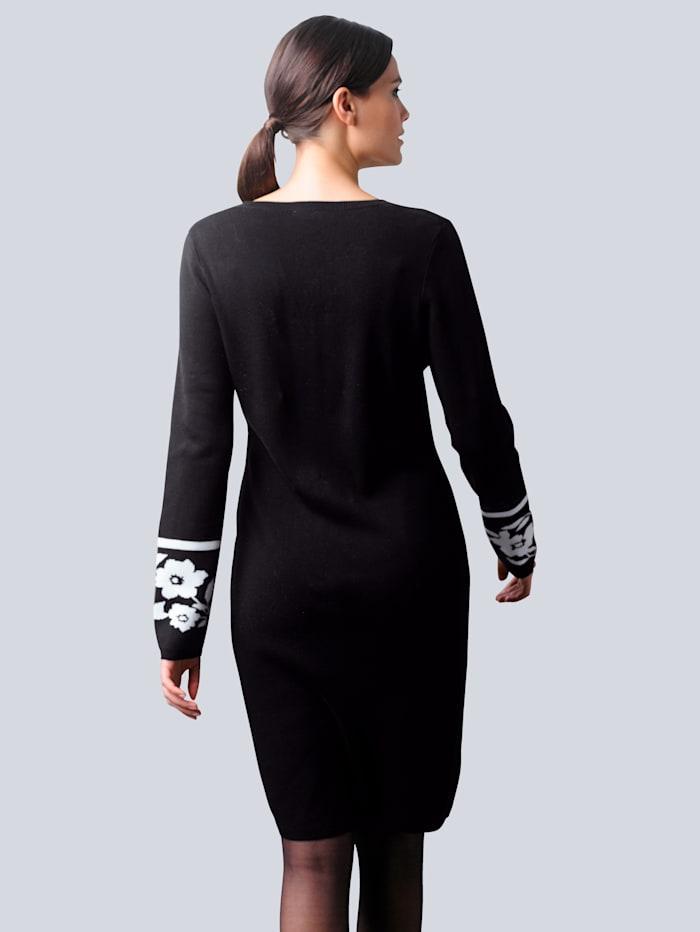 Strickkleid mit exklusivem Jaquard Dessin von Alba Moda