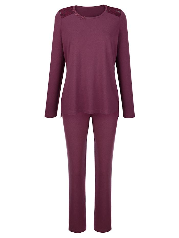 Simone Pyjama avec jolie finition en dentelle, Bordeaux