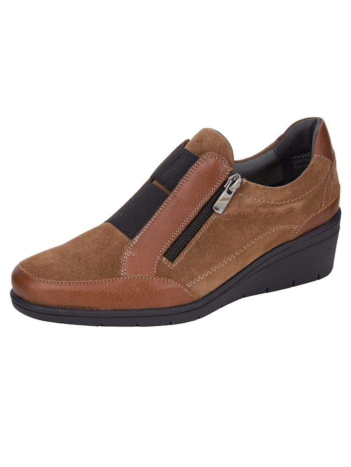 Naturläufer Slip-on shoes made from premium leather, Cognac