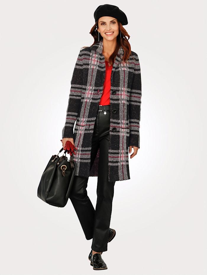 Dlhý sveter s károvaným vzorom