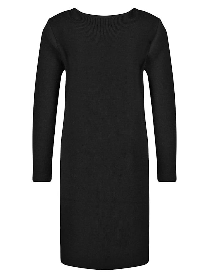 Kleid aus gekochter Wolle