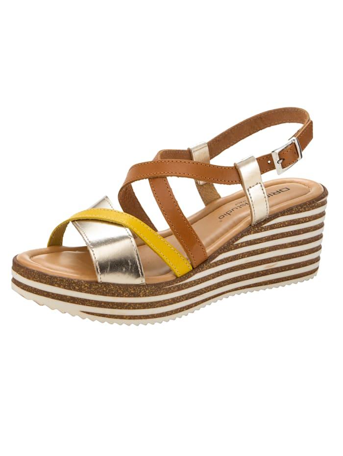 Sandaaltje met aantrekkelijke riempjes, Cognac/Geel/Goudkleur
