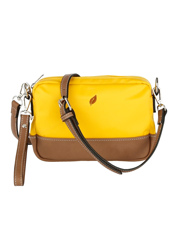 Shoulder bag with great details 4-piece