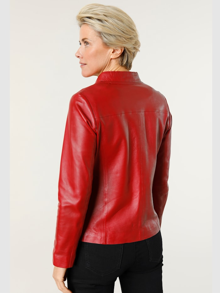 Leather jacket in a modern design