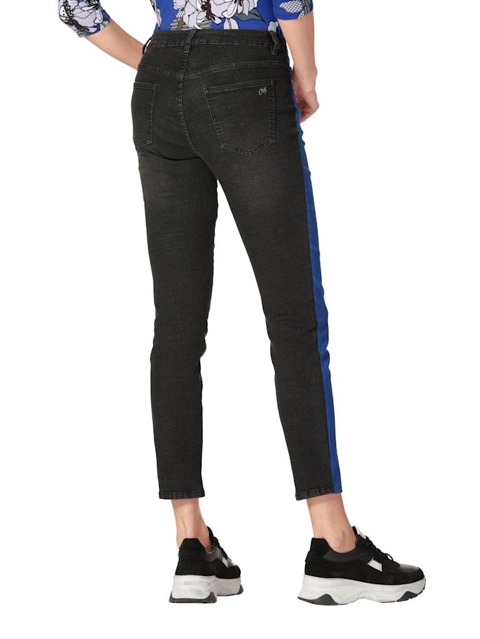 Jeans in Patch-Optik