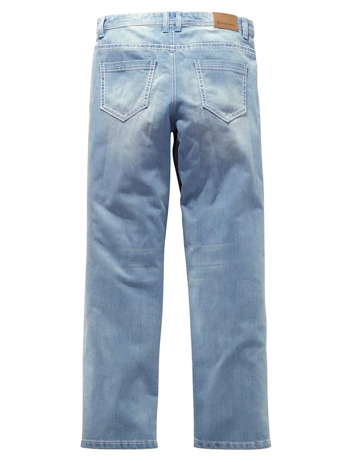 Džínsy v módnom Used vzhľade