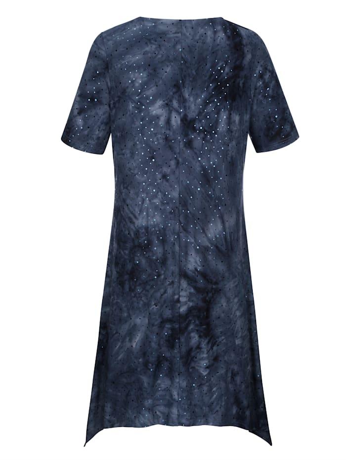 Kleid aus Batik- und Paillettendruck