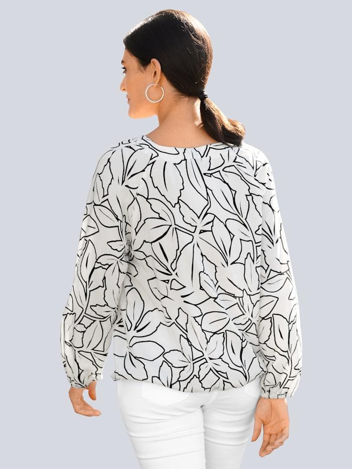 Bluse im floralem Muster allover