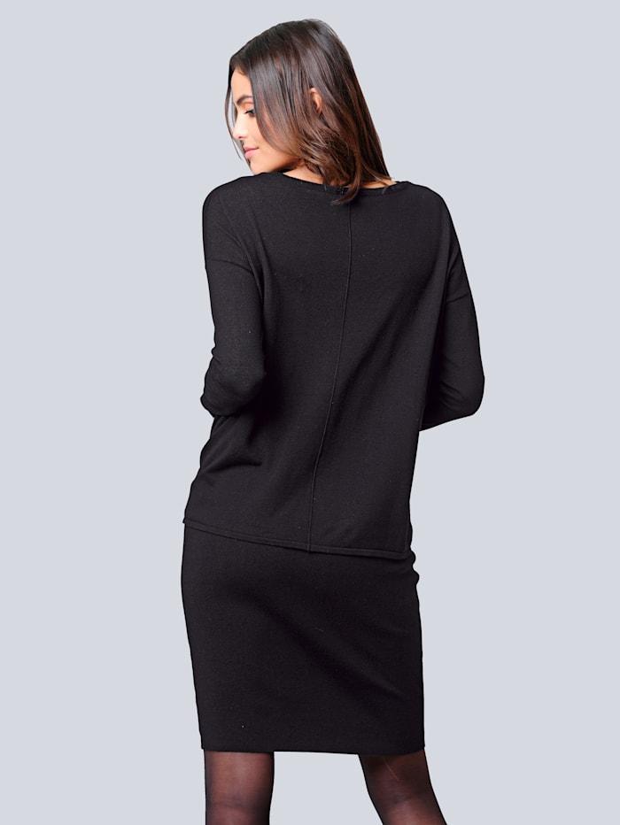 Kleid bestehend aus Tanktopkleid und Oversizedpullover