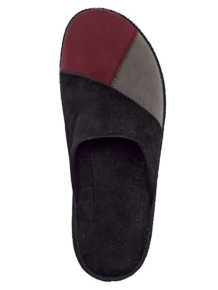 Pantoffel in attraktiver Farbkombination