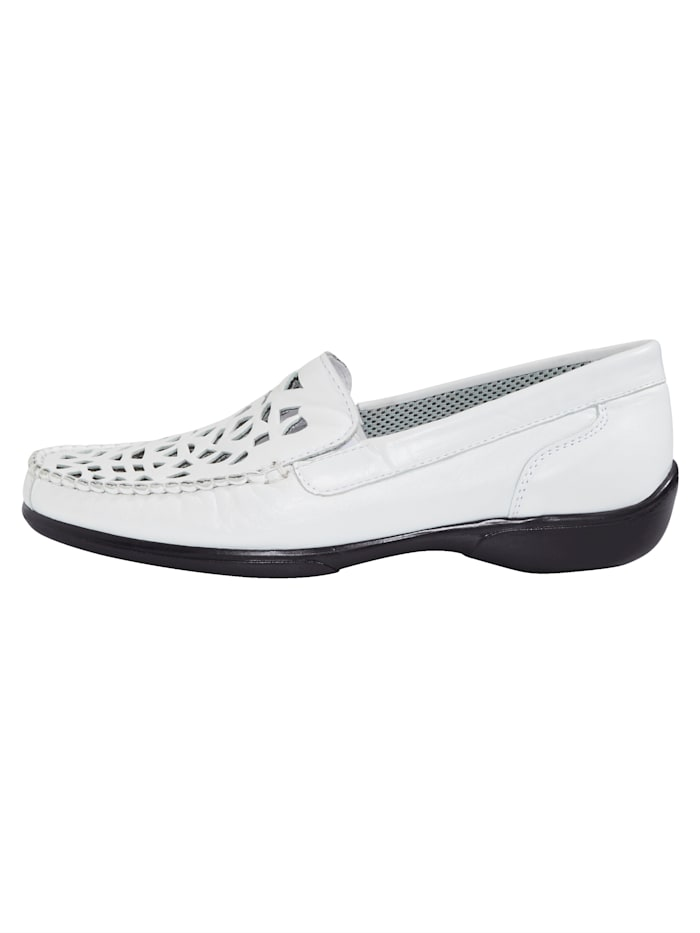 Loafers with cutout detailing