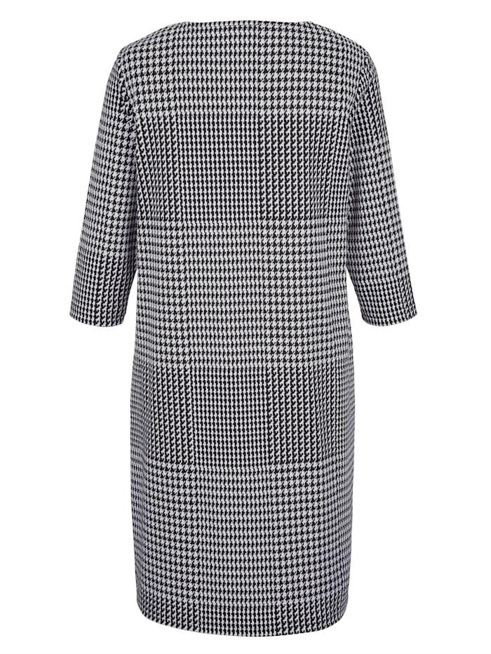 Šaty s Glencheck vzorom