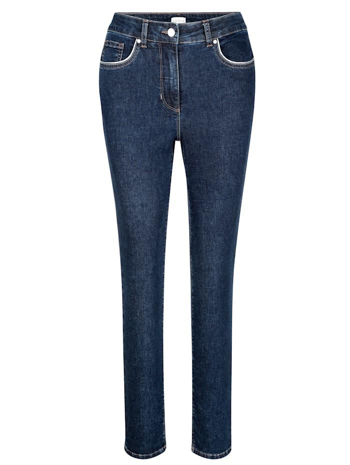 Jeans mit dekorativem Glanzgarn