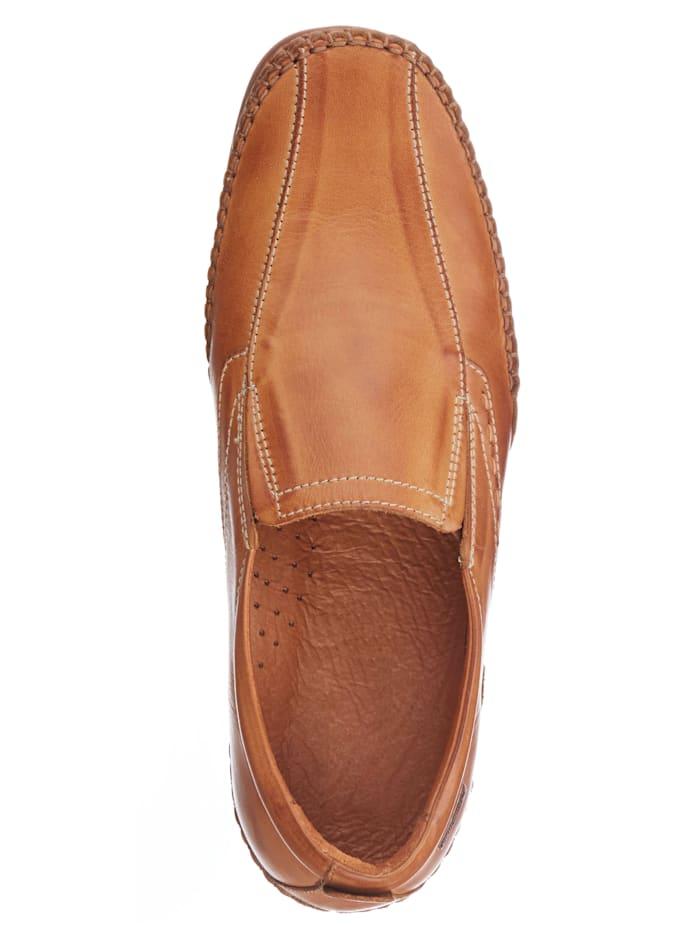 Slipper obuv s moderným prešívaním